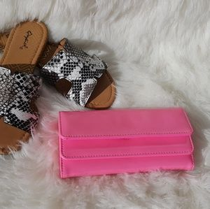Handbags - Hot pink clutch